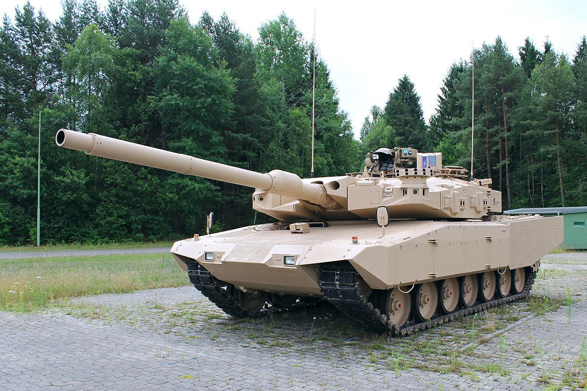 Leopard MBT 1/2 - Page 7 MBT-Revolution-11