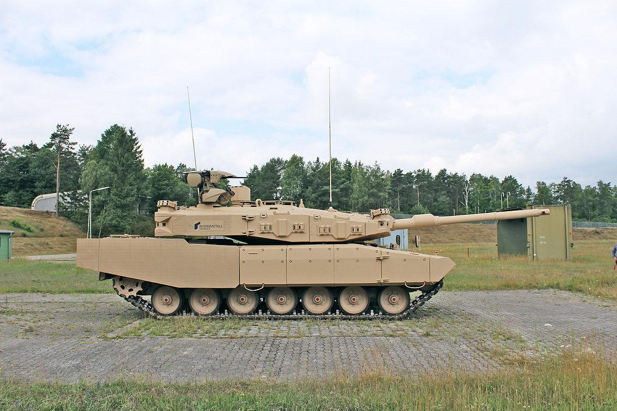 Leopard MBT 1/2 - Page 7 MBT-Revolution-5