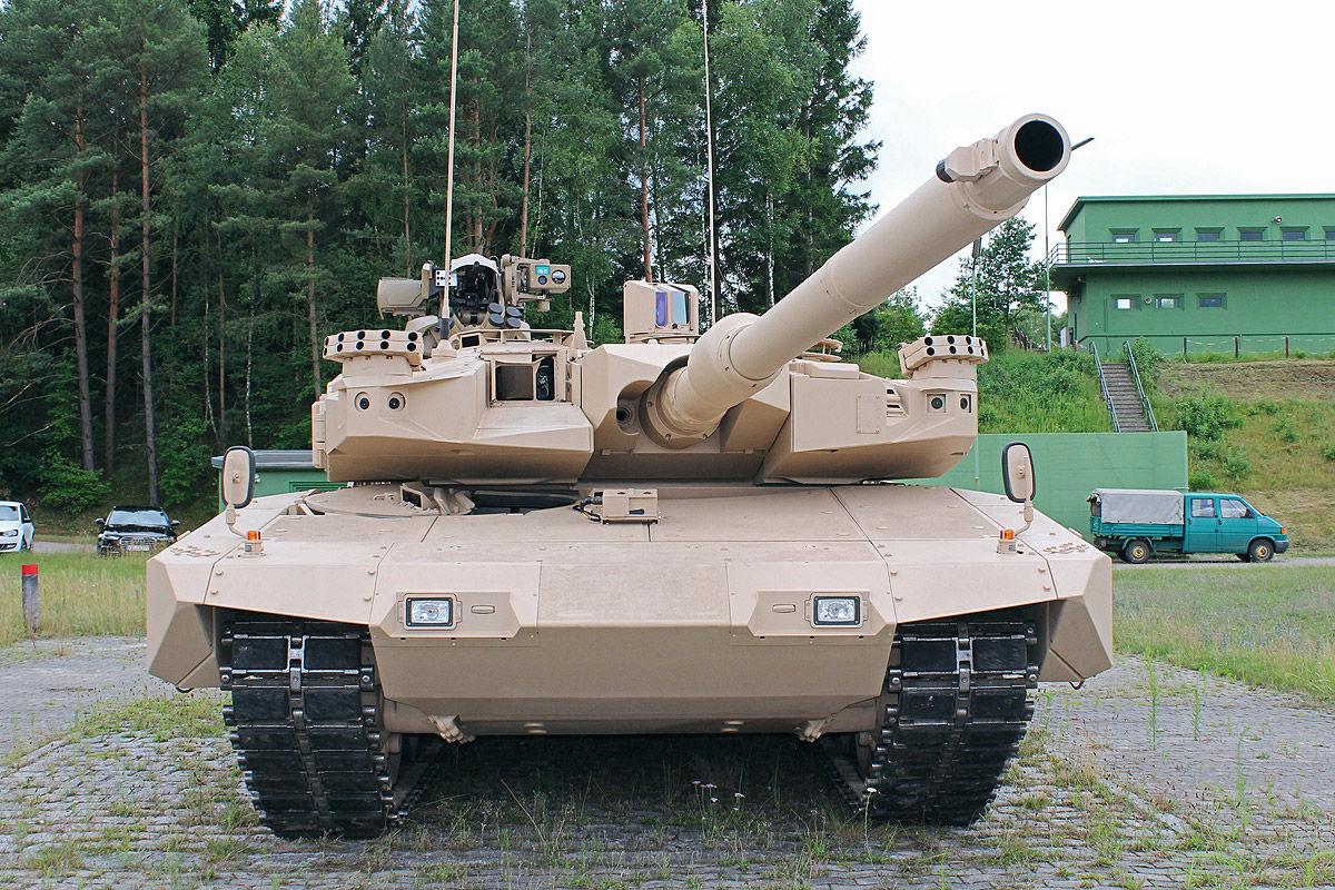 Leopard MBT 1/2 - Page 7 MBT-Revolution-6